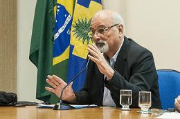 Professor Eduardo Girão Santiago